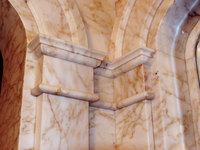 Дверные арки из мрамора